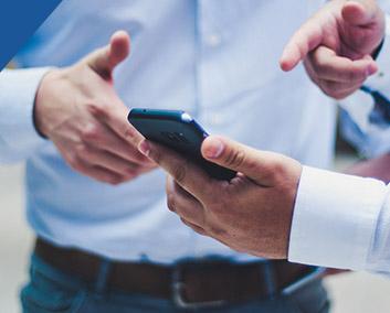 携帯電話販売業の利用事例